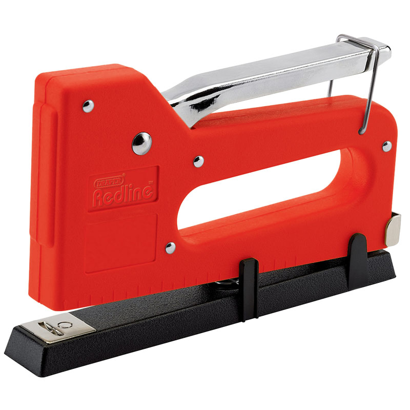 Staple Gun/Tacker Complete with 100 x 12mm Staples – Now Only £5.11