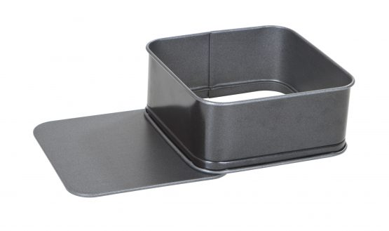 Non-Stick 20cm Square Cake Tin – Now Only £5.00