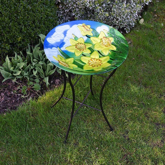 Daffodil Design Glass Birdbath – Now Only £18.00