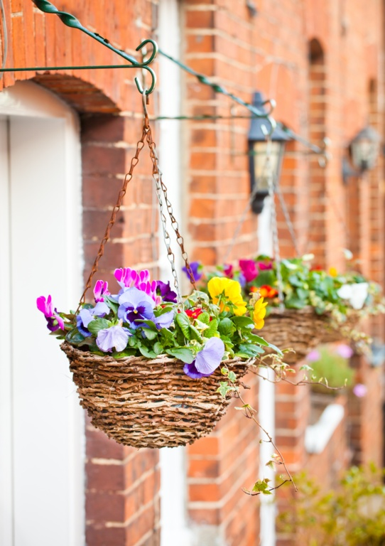 """Rattan Hanging Basket 14"""" – Now Only £6.00"""